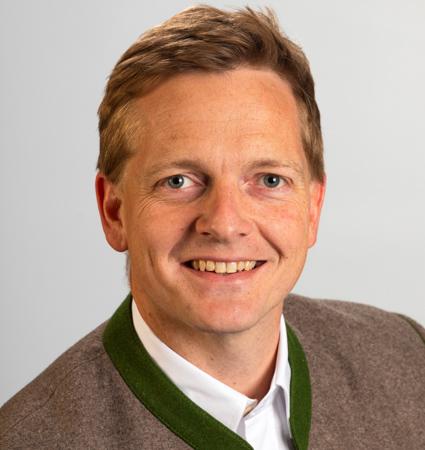 Simon Frank</br></br>1. Bürgermeister in Aschau im Chiemgau </br></br> 5.733 Einwohner